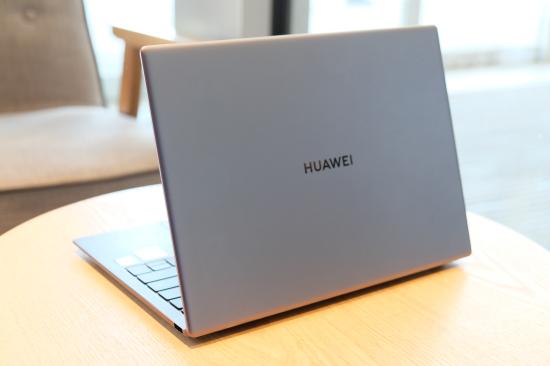 HUAWEI MateBook X Pro图赏:质感不凡,超薄至简