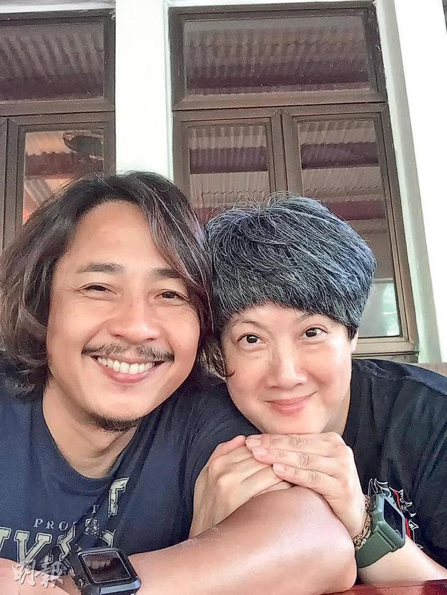 52岁太太高龄怀孕 TVB男星黄泽锋结婚9年升级当爸